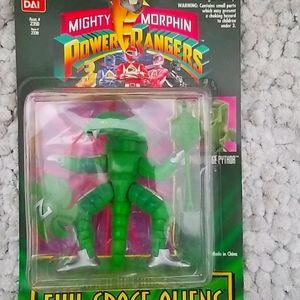 Power Rangers Darting Tounge Pythor figure